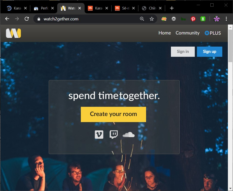 Hát karaoke với Zoom và Watch2Gether